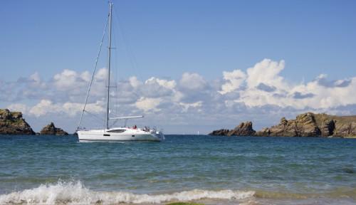 ... styled Jeanneau Sun Odyssey 45 DS Grenadines Caribbean yacht charter.
